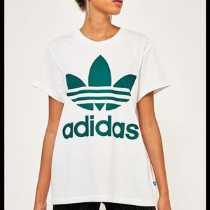 Adidas XS Oversized White Tee Urban Outfitters